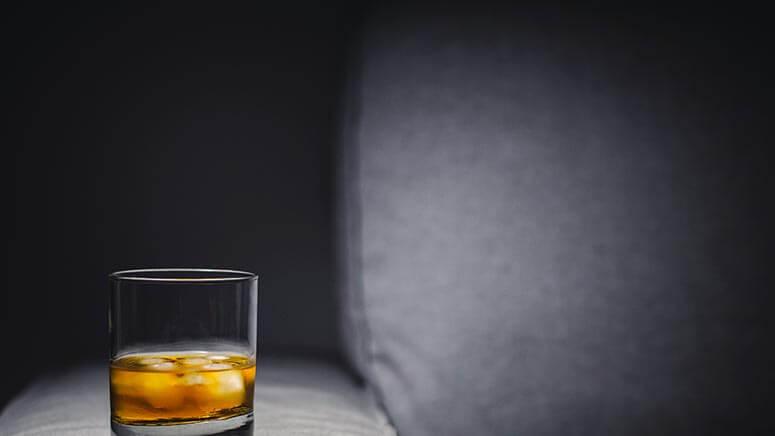 syndromo-sterisis-alkool