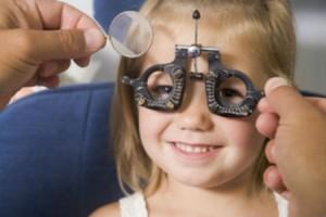Όλα όσα πρέπει να γνωρίζετε για τα μάτια των παιδιών σας