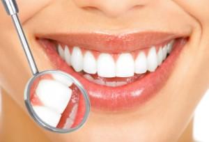 Αποκατάσταση δοντιών με οστεοενσωματούμενα εμφυτεύματα