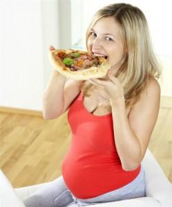 Γιατί μια έγκυος έχει λιγούρες;